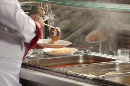 Messa a norma della cucina per la mensa dei poveri
