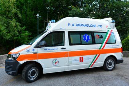 Nuova ambulanza per soccorso e trasporto infermi nell'area dell'Alto Reno