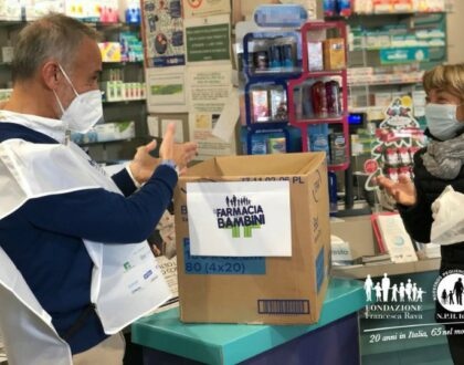 """Torna """"In Farmacia per i bambini"""", iniziativa nazionale per aiutare i più piccoli in povertà sanitaria"""